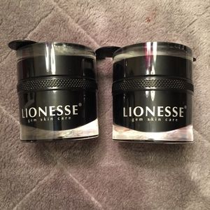 2 Lionesse Black Onyx Masks Bundle